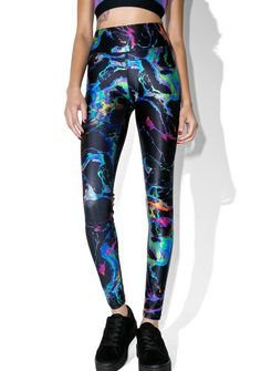 Terez Black Oil Spill Leggings cuz even in the dark yew shine, bb. These sikk leggings feature a thick banded waist, a curve-huggin' fit, and a multi-colored oil spill print all over.