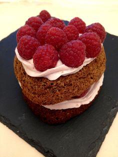 Avete bisogno di idee per #SanValentino? Vi aiutiamo noi! Ecco il cuoricino al #cioccolato con #ganache al #lampone! ❤️  // Need some idea for #ValentinesDay? We're here for you! Try this beautiful #heart shaped #cake with #chocolate and a #raspberry #ganache! ❤️   #cuore #coeur #chocolat #amour #pasticceria #homemade #patisserie #recette #foodblog #blog #instafood #foodnetwork #easy #yummy #pastry #gateau #framboise #rezept #valentine #ricetta #recipe
