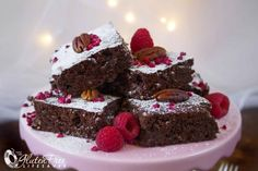 Of course brownies can be festive! These awesome raspberry and pecan brownies for example, are super festive! (includes dairy-free and low-FODMAP recipe options)