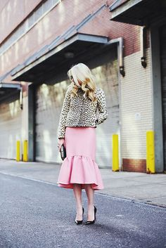 {style inspiration | at the office : pink & leopard print}