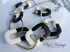 Retro/Mod Black And White Lucite by PegsVintageJewellery on Etsy