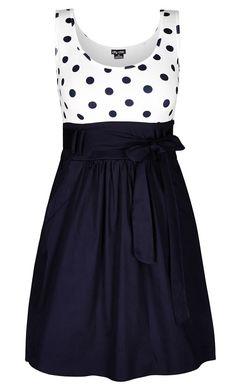 City Chic - CUTE SPOT DRESS - Women's Plus Size Fashion Polka dots are tricky. Curvy Fashion, Look Fashion, Plus Size Fashion, Girl Fashion, Womens Fashion, Petite Fashion, Xl Mode, Mode Plus, Pretty Outfits