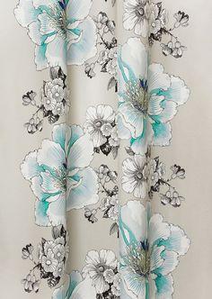 Kodin1 - VALLILA Amanda-sivuverho | Valmisverhot Christmas Presents, Amanda, House Design, Curtains, Shower, Prints, Fabrics, Inspiration, Boho