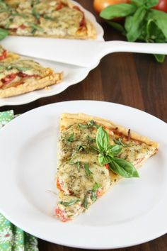 ... | Chicken alfredo pizza, Pizza recipes and Chicken pesto pizza