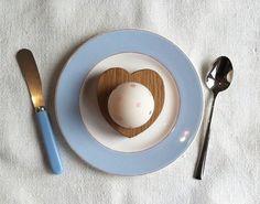 Hop & Peck heart egg cup