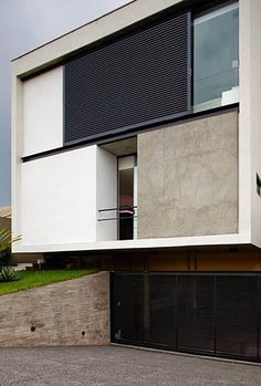 Dezeen » Blog Archive » Mirante do Horto House by Flavio Castro