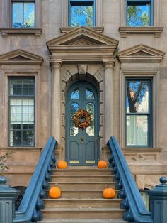 Habitually Chic® » October 2020 in New York Bon Weekend, Autumn Inspiration, Sunny Days, Big Ben, Townhouse, New York, Halloween, Chic, Building