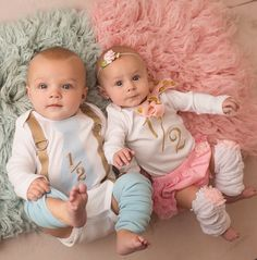 a year old - adorable Cute Baby Twins, Twin Baby Girls, Boy Girl Twins, Twin Babies, Boy Girl Twin Outfits, Twin Baby Clothes, Twin Baby Photography, Twin Baby Photos, Real Life Baby Dolls