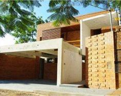 Casa en Mburucuya 2 - Arq Hugo Zarza