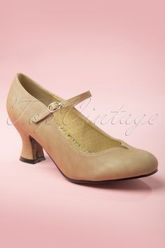 Bettie Page Shoes - 40s Lindsey Mary Jane Pumps in Nude