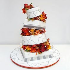 Fall(!)-inspired wedding cake with slate and gray accents, deliciously seasonal and unconventional
