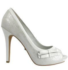 Bridal shoes (FILIFERA, Menbur)