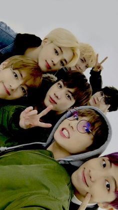I wish my skin was as smooth as theirs ;-; Bts Boys, Bagtan Boys, Bts Group Pics, Bts Group Picture, Bts Late Late Show, Army Wallpaper, Bts Wallpaper, Selfie Time, Taehyung