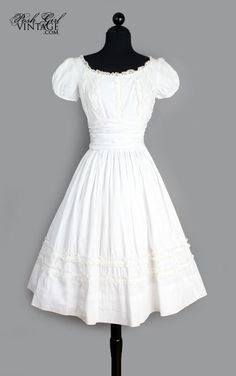 1950's White Cotton & Lace Tea Length Dress lovely natural look
