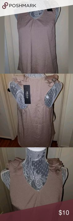 ARK AND CO.  Brown Medium Ruffled Top With Ruffles ARK AND CO. Brown Medium Ruffled Top With Ruffles Ark & Co Tops Blouses