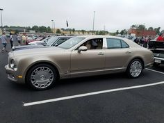rolls royce classic cars by owner Bentley Rolls Royce, Vintage Rolls Royce, Bentley Mulsanne, Bentley Car, Old Classic Cars, Bentley Continental, Car In The World, Luxury Cars, Super Cars