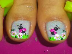 Uñas margarita Animal Nail Designs, Animal Nail Art, Colorful Nail Designs, Toe Nail Designs, Nail Polish Designs, Pedicure Nail Art, Manicure, Painted Toe Nails, Feet Nails