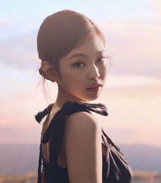 Kim Jennie, South Korean Girls, Korean Girl Groups, Blackpink Photos, Pictures, Kim Jisoo, Blackpink Fashion, Yg Entertainment, K Idols