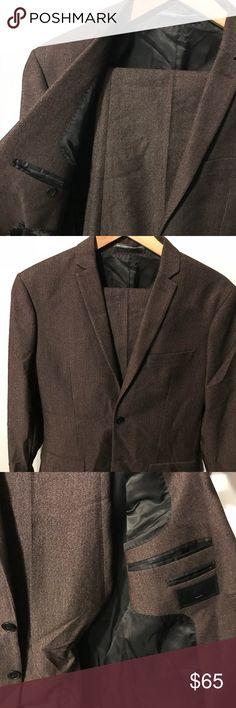 H&M SLIM BROWN SUIT JACKET W/ PANTS H&M SUIT  COLOR BROWN JACKET SIZE 38R PANTS 33R GARMENT BAG INCLUDED H&M Suits & Blazers Suits