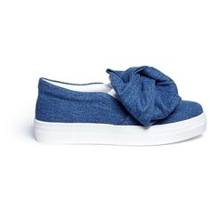 Joshua Sanders Twist bow denim kids skate slip-ons (£220) ❤ liked on Polyvore featuring shoes, sneakers, blue, bow shoes, blue skate shoes, denim sneakers, slip-on shoes and blue shoes