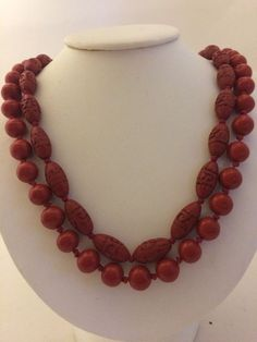 VINTAGE CHINESE DEEPLY CARVED Oval CINNABAR BEAD NECKLACE KNOTTED & Uncarved