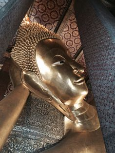 Wat Pho - Temple of the reclining Buddha
