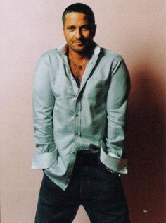I want my last meal on earth to be   Gerard Butler #sexy