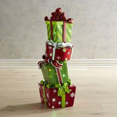 Pier 1 Imports - LED Pre-Lit Resin Outdoor Stacked Presents Imágenes efectivas que le proporcionamos sobre hea - Christmas Family Feud, Grinch Christmas Party, Christmas Holidays, Xmas, Grinch Christmas Decorations, Christmas Printables, Christmas Wreaths, House, Different Christmas Trees