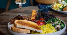 Popular restaurant becomes first to launch plant-based boozy brekkie Bottomless Brunch, Vegan News, Brunch Dishes, Middle Eastern Recipes, Cheesesteak, Places To Eat, Spinach, Plant Based, Restaurant