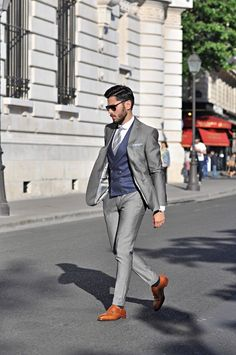 "the-suit-man: ""Suits, mens fashion and summer style inspiration for men Mens Fashion Suits, Mens Suits, Grey Suit Men, Blue Suit Grey Waistcoat, Grey Suit Brown Shoes, Light Grey Suits, Terno Slim, Mode Masculine, Look Man"