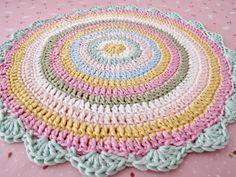 A Little Happy Place: A pretty pastel Ta Dah.......