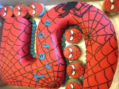 Spider-Man cake but with a number 3 Iron Man Birthday, Harry Birthday, 5th Birthday Cake, Boy Birthday, Birthday Ideas, Double Birthday Parties, Spiderman Theme, Party Themes For Boys, Diy Cake