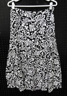 Croft & Barrow Size 6 Black White Scroll SKIRT Long Ladies B232 #CroftBarrow #ALine