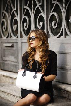 Hoy en nuestro blog, la importancia de los complementos en nuestros looks. http://www.bizaza.es/novedades/?p=283 #bizazablog