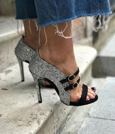 Nice shoes with glitter Dream Shoes, Crazy Shoes, Me Too Shoes, Hot Shoes, Shoes Heels, Pumps, Strap Heels, Stilettos, Ankle Strap