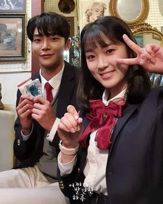 DanHaru's super cute and sweet backstage. This is the couple that is the favorite group of Fantasy, Chinese fan ship community. Couple Ulzzang, Ulzzang Korean Girl, Kpop, Korean Drama Romance, Chinese Fans, Kim Sejeong, W Two Worlds, Weightlifting Fairy Kim Bok Joo, Couple Romance