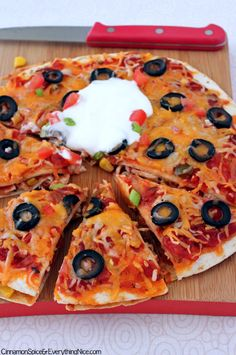 Mexican Pizzas - just like Taco Bells - made with tortillas. Easy to customize and fun for kids!