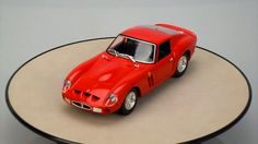 FERRARI 250 GTO Bburago 1/24