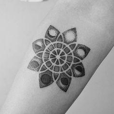 Black and White Dot Mandala Tattoo | Venice Tattoo Art Designs