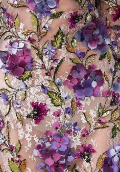 Couture 2017 #details #couture #flowers #embroidery #applique