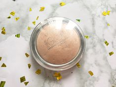 Catrice - Highlighter - Sun Glow Mineral Highlighting Power African Beauty, Mineral, Lifestyle Blog, Glow, Sun, Face, The Face, Sparkle, Faces