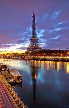 Paris, vu du pont de Bir-Hakeim by Cal Redback.for Ashtyn Paris Torre Eiffel, Paris Eiffel Tower, Paris 3, Paris City, Places To Travel, Places To See, Places Around The World, Around The Worlds, Tuileries Paris