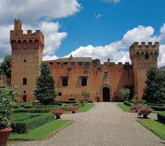 Castelli della Toscana: i luoghi più belli dove tuffarsi nel Medioevo