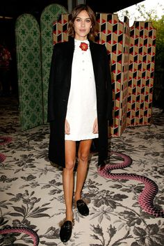 From Alexa Chung and Charlotte Casiraghi to Dakota Johnson and Jeanne Damas, see which stars stood out on the front row at the Gucci Spring/Summer 2016 show, presented at Via Valtellina in Milan on September 23 Alexa Chung Style, Jeanne Damas, Salma Hayek, Vanity Fair, School Girl Outfit, Model Look, Tokyo Fashion, Milan Fashion, Mode Inspiration