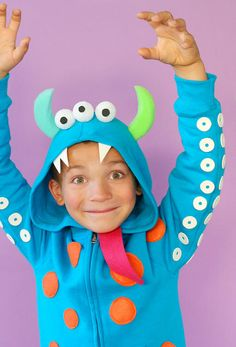monster costume. so cute! i may make one for Drew for everyday wear. I think he would like it :) Diy Halloween, Handmade Halloween Costumes, Diy Costumes, Costume Ideas, Homemade Costumes, Halloween Dress, Skeleton Costumes, Animal Costumes, Creative Costumes