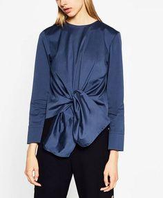 2017 ניו נשים אלגנטי שולי שרוול ארוך בסוודרים קשת קשורה vestido רטרו חולצות חולצות מקרית o צוואר אחורי כפתור גדול blusas ב-High Quality 2015 women fashion sexy Perspective yarn stitching casual sleeveless V-neck blouses shirt slin brand blusa מתוך באתר AliExpress.com | Alibaba Group