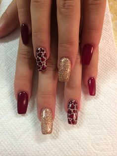 Semi-permanent varnish, false nails, patches: which manicure to choose? - My Nails Stylish Nails, Trendy Nails, Leopard Print Nails, Cheetah Nail Art, Cheetah Nail Designs, Leopard Prints, Autumn Nails, Cute Acrylic Nails, Fall Nail Designs