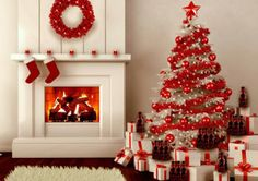 Give your Christmas decoration a festive touch. Try the classic Red and white Christmas decor. Here are Red and White Christmas decor ideas for you. White Christmas Tree Decorations, Christmas Tree Design, Beautiful Christmas Trees, Noel Christmas, All Things Christmas, Christmas Lights, Christmas Ornaments, Gold Decorations, Ornaments Ideas
