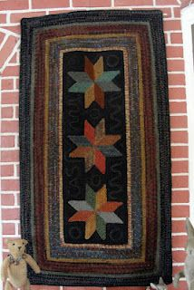 Star rug by Kathy  from Red Barn Rugs
