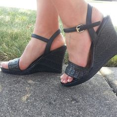 "Ciao Bella Black Wedges Adjustable Ankle Strap 4"" heel Shoes"